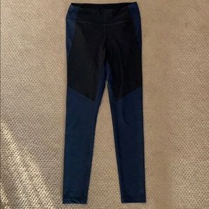 Outdoor Voices Two Tone Warmup Leggings